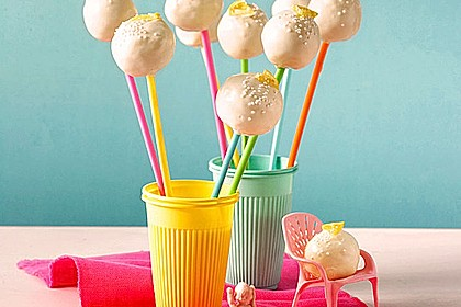 Lemon Cake Pops 1