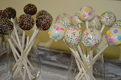Lemon Cake Pops 8