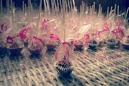 Lemon Cake Pops 42