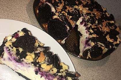 Oreo Blueberry Cheesecake 9