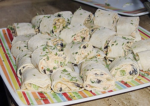 Mexican cream cheese rollups 1