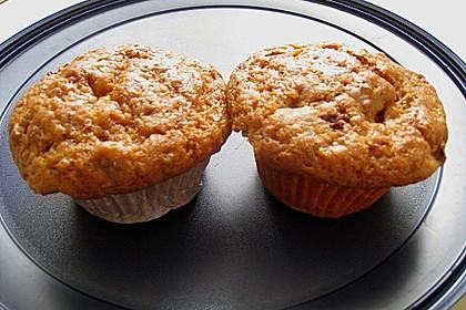 Erdbeer-Walnuß-Muffins 9