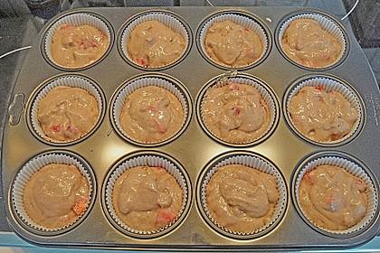Erdbeer-Walnuß-Muffins 7