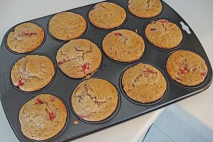 Erdbeer-Walnuß-Muffins 3