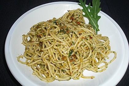 Pesto von getrockneten Tomaten und Rucola 3
