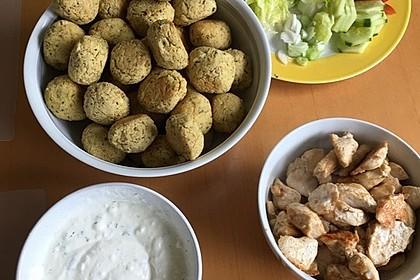 Schnelle Falafel in Pitabrot 2