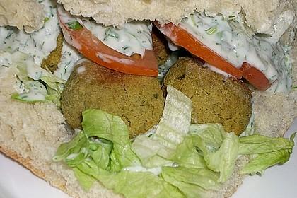 Schnelle Falafel in Pitabrot 35