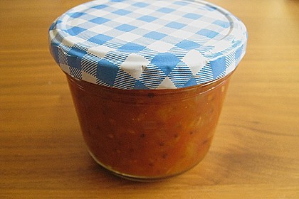 Pikantes Tomaten-Pfirsich-Chutney 4