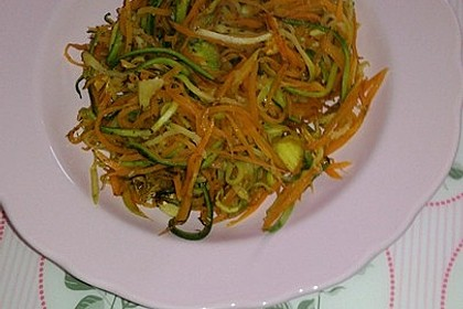 Zucchini-Möhren-Gemüse 2