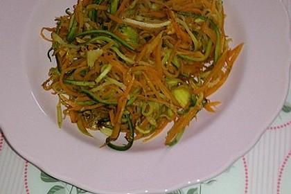 Zucchini-Möhren-Gemüse 11