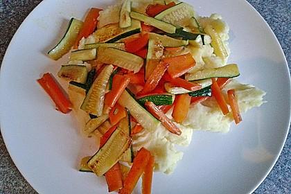 Zucchini-Möhren-Gemüse 7