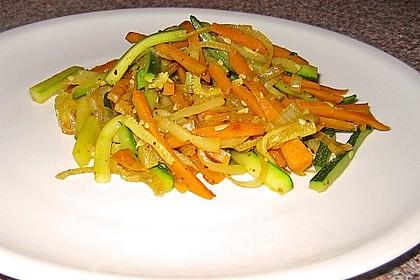 Zucchini-Möhren-Gemüse 9
