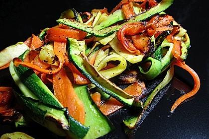 Zucchini-Möhren-Gemüse 4