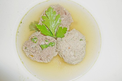 Kräuter-Leberknödel-Suppe 11