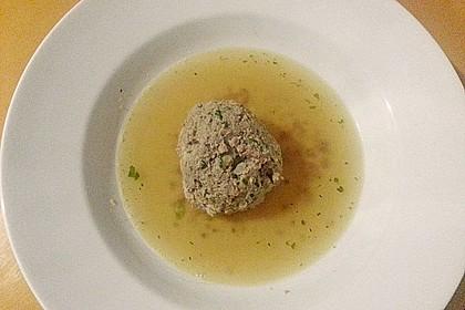 Kräuter-Leberknödel-Suppe 1