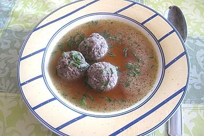 Kräuter-Leberknödel-Suppe 3