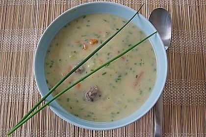 Kohlrabicremesuppe mit Fleischklößchen 4