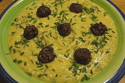 Kohlrabicremesuppe mit Fleischklößchen 26