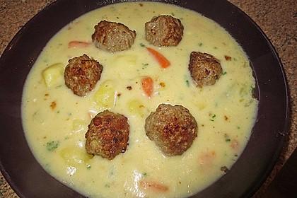 Kohlrabicremesuppe mit Fleischklößchen 13