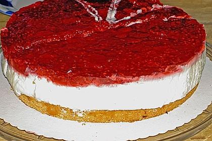 Joghurt-Sahne-Torte mit Früchten 2