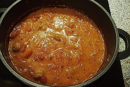 Tomatensuppe mit Hackklößchen