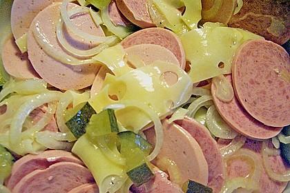 Schweizer Wurstsalat 24