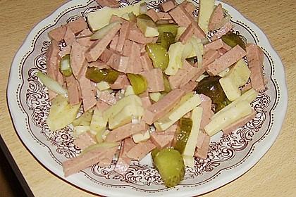 Schweizer Wurstsalat 48