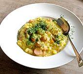 Dicke Kartoffelsuppe mit Wurst (Bild)