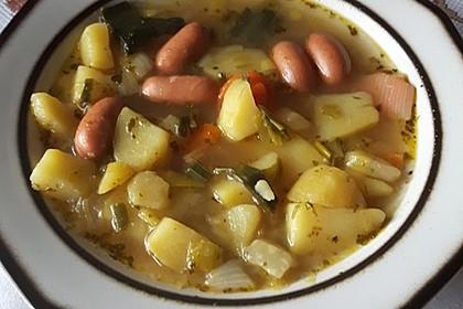Dicke Kartoffelsuppe mit Wurst 6