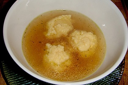 Grießklößchensuppe 11