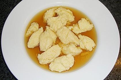 Grießklößchensuppe 6
