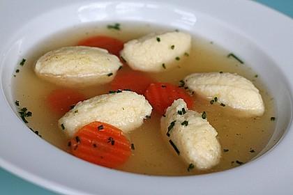 Grießklößchensuppe 3