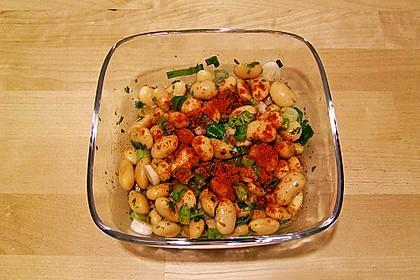 Piyaz; weißer türkischer Bohnensalat 23