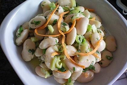 Piyaz; weißer türkischer Bohnensalat 25
