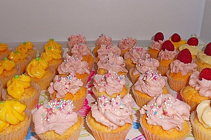 Cream Cheese Frosting 6