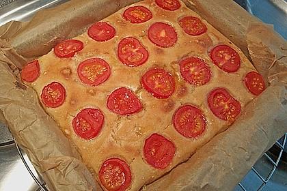 Focaccia mit Tomaten und Rosmarin 58
