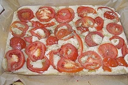 Focaccia mit Tomaten und Rosmarin 91