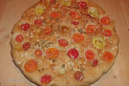 Focaccia mit Tomaten und Rosmarin 39