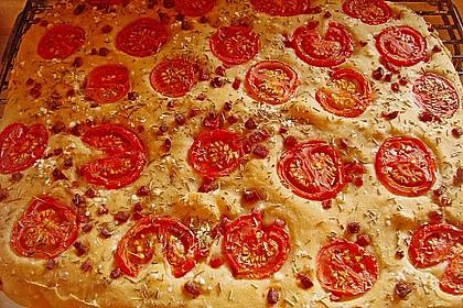 Focaccia mit Tomaten und Rosmarin 33