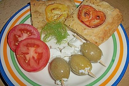 Focaccia mit Tomaten und Rosmarin 38