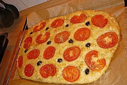 Focaccia mit Tomaten und Rosmarin 62