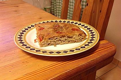 Focaccia mit Tomaten und Rosmarin 99