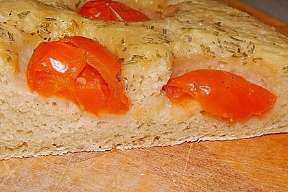 Focaccia mit Tomaten und Rosmarin 74