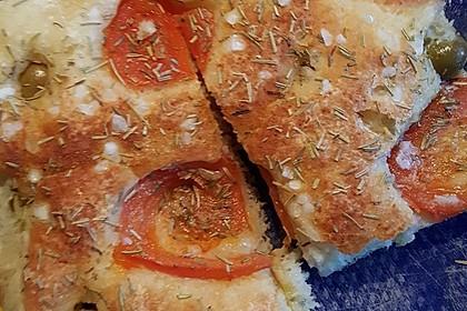 Focaccia mit Tomaten und Rosmarin 41
