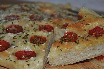 Focaccia mit Tomaten und Rosmarin 27