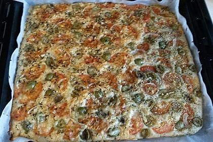 Focaccia mit Tomaten und Rosmarin 30