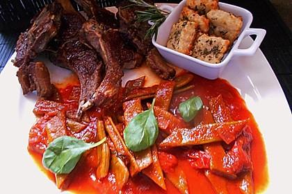 Grüne Bohnen mit Tomaten und Chili