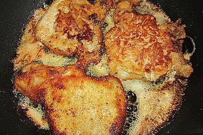 Panierte Koteletts mit Zwiebel-Rahm-Soße 14