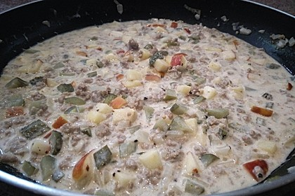 Hackfleisch süß-sauer mit Kartoffeln