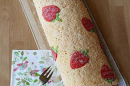 Biskuitrolle mit Erdbeerfüllung 2
